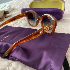 gucci Round-frame acetate sunglasses with star